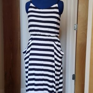 Womans NAVY and WHITE maxi dress